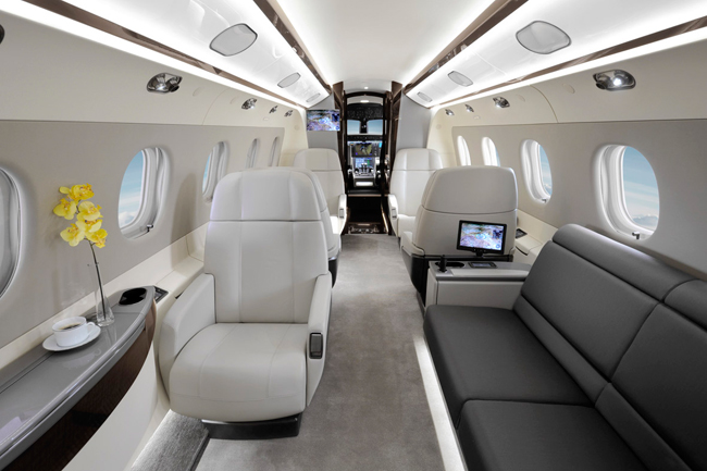 Pin int rieur avion on pinterest for L interieur d un avion